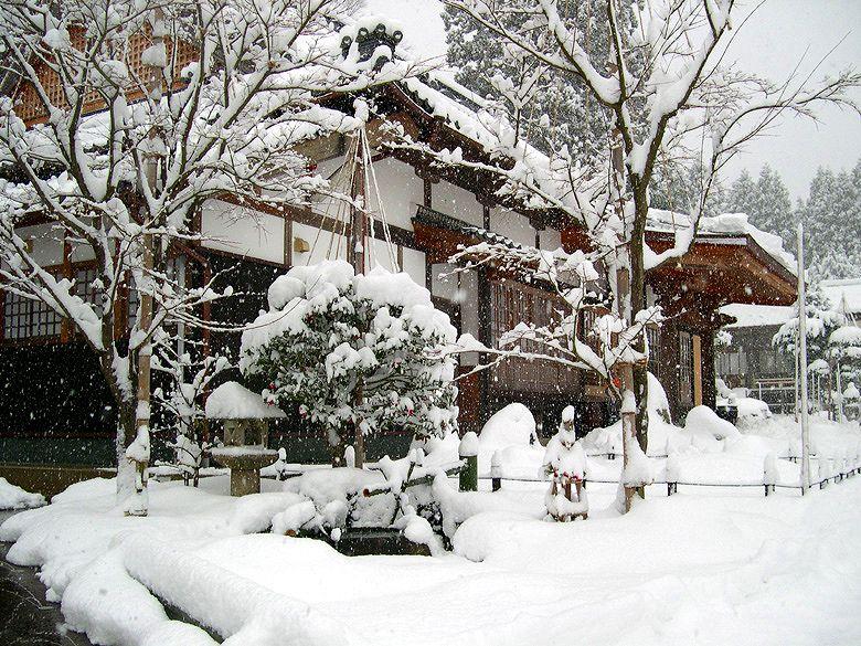 遍照寺雪景色